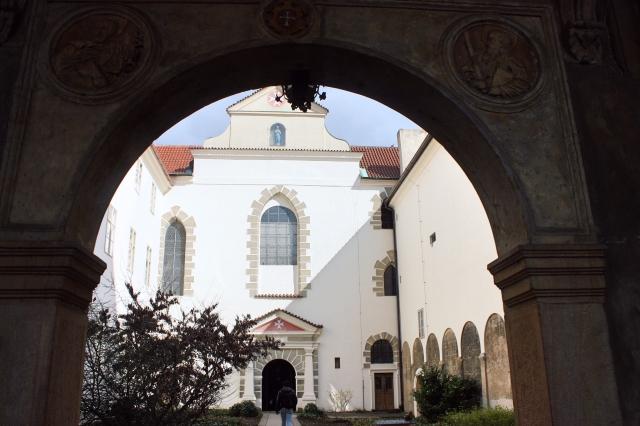Prague 27